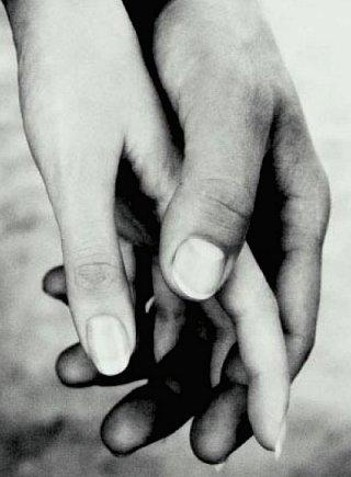 Dame tu mano, toma la mía